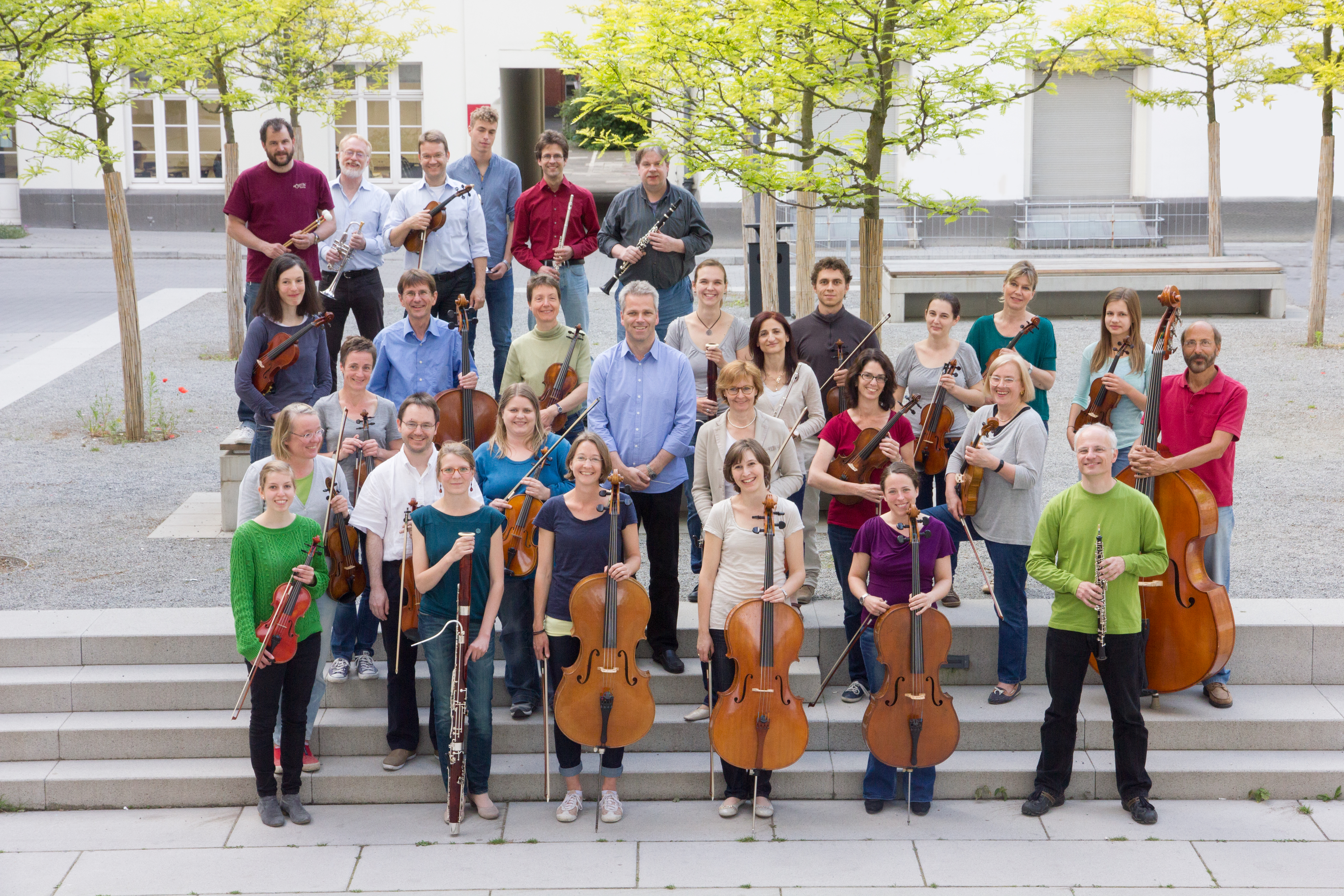 2014-06-Kammerorchester-TUD-im-Innenhof-der-Hessischen-Landes-und-Universitätsbibliothek