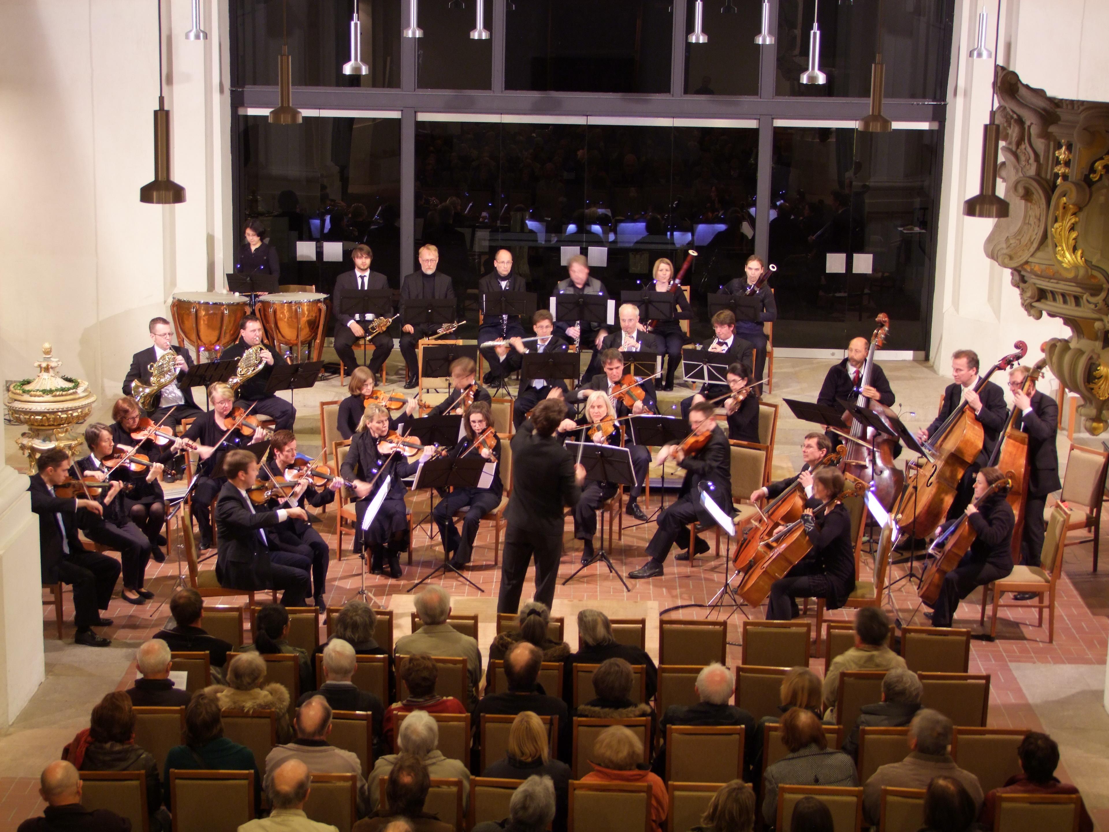 2012-04-Kammerorchester-TUD-Petrikirche-Freiberg-2